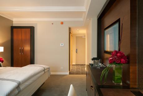101w57st-quin-hotel-09.jpg