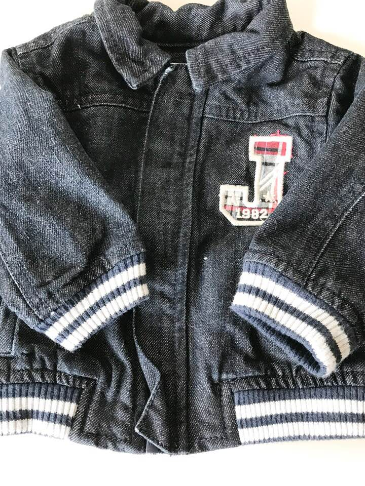 Joe Fresh Denim Jacket - Size: 3-6 monthsOrg. Price $26.99ThredUp Price $7.99My husband and I saw this jacket and knew we just had to get it for our little boy. The weather in Texas is unpredictable and a nice sturdy jacket can work well in the spring where we're highly prone to lots of wind and rain.