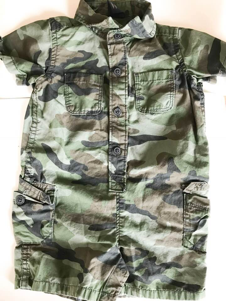 Baby Gap Short Sleeve Romper - Size: 3-6 MonthOriginal Price: $25.00ThredUp Price: $6.99My husband served in the army for a bit of time and anytime I see anything army related it's like, I HAVE to buy it. This is exactly what happened when it came to this romper from Baby Gap. I thought this would be cute for Isaiah to wear to church or a nice dinner out with the family- how darling!