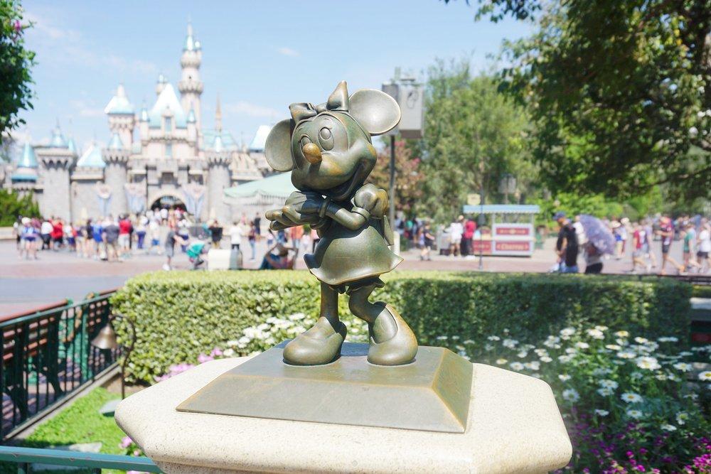 Minnie Statue.jpg