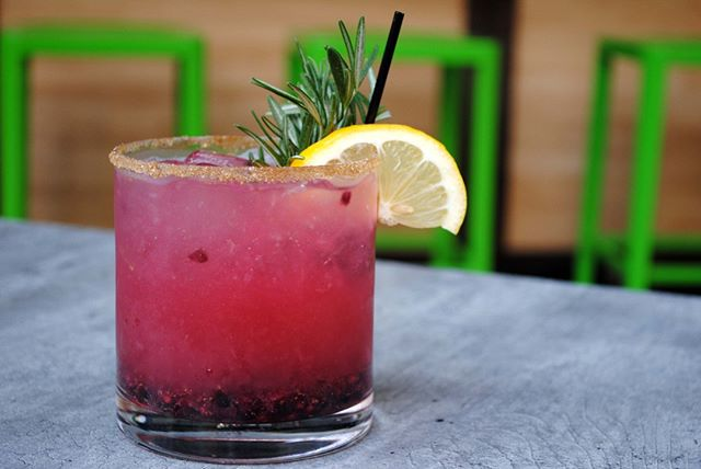 """@baroxfordpgh's """"Don't Judge Me"""" cocktail is the perfect thing to brighten up your Monday. Literally—it's really bright. . . . . #oxfordmarketpittsburgh #baroxford #mondaymotivation #pittsburgh #eeeeeats #dailyfoodfeed #forkyeah #eater #feedfeed #yelp #cheers #happyhour #eathere #eatthis #foods4thought #yougottaeatthis #pittsburgheats #oneoxfordcentre #pittsburghpride #foodhall #rendering #creativehappylife #visualsoflife #livefullyalive #thatsdarling #flashesofdelight #eeeeeats #foodstagram #food #foodietribe"""
