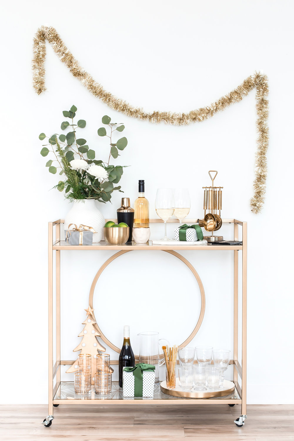 5 Bar Strategies for a Fabulous Party - Hosting family + friends at your place? Follow these tips from our friends at RealSimple to make sure your bar is stocked so you can enjoy the festivities along with your guests.We'll toast to that!