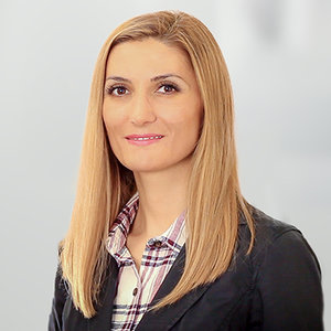 Bryana Atanasova Headshot