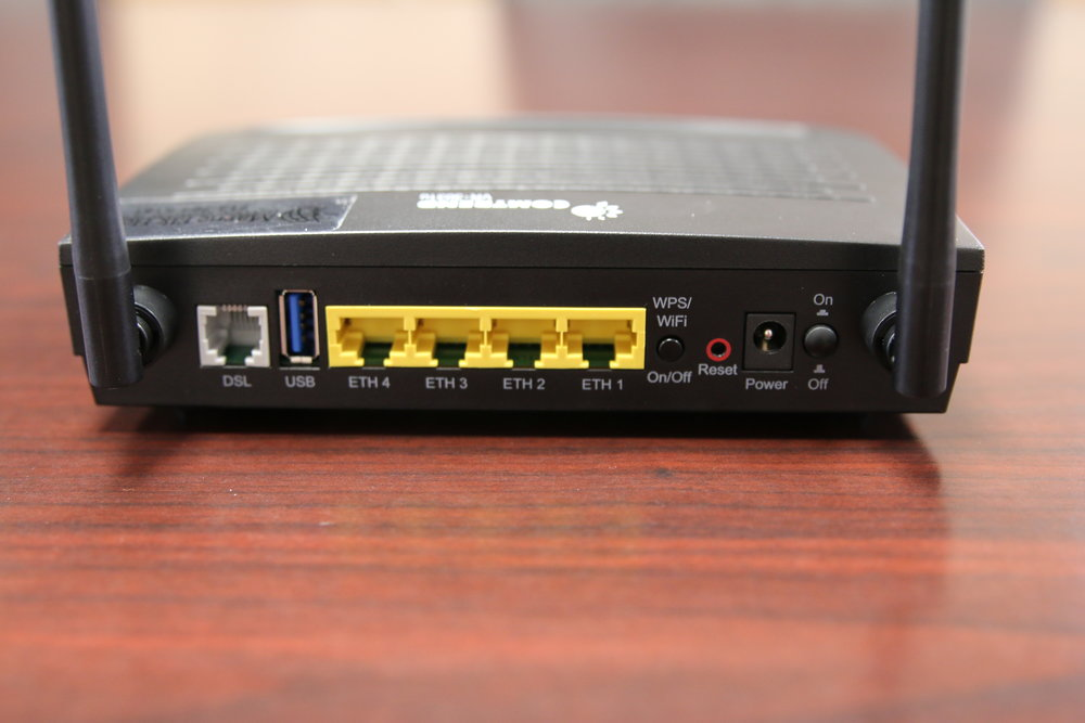 DSL Router (Exira) - back