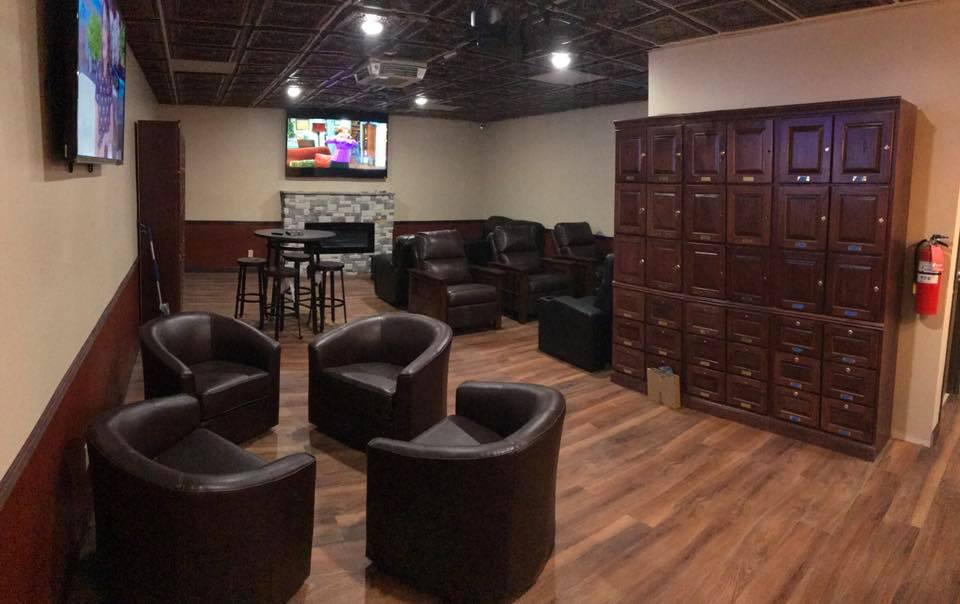 lounge-parker-cigar-shop.jpg