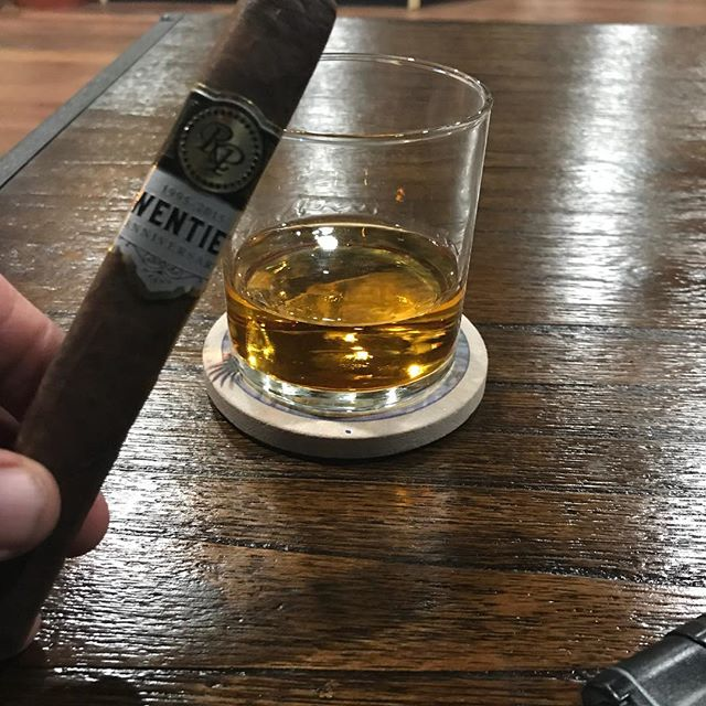 Monday night football at Slo Burn #rockypatelcigars #sloburncigarsandlounge #bourbon  #nishpatelcigars