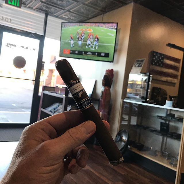 Rocky Patel and Football at Slo Burn. #rockypatel #sloburncigarsandlounge #burn_slo