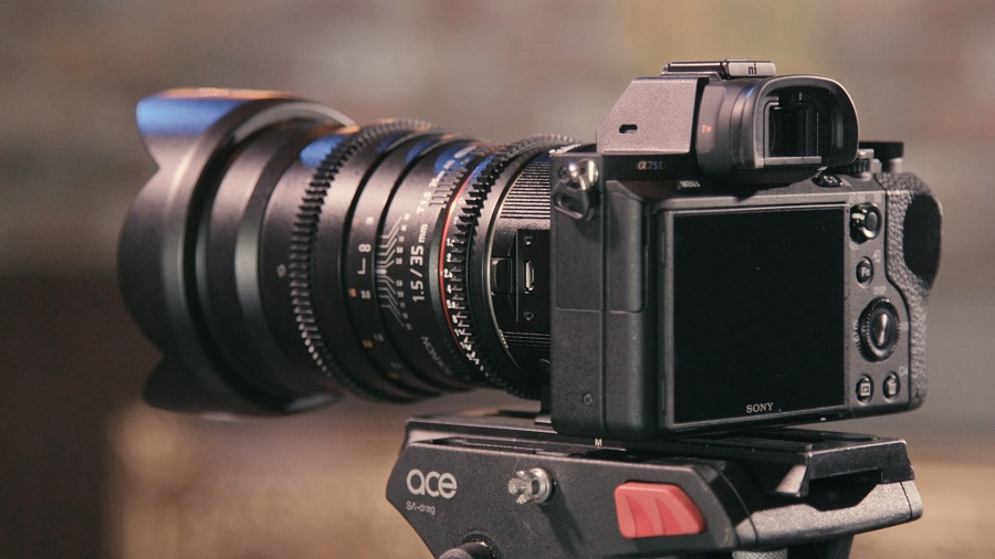 As shown, using a big telephoto lens on a mirrorless camera nullifies the size difference somewhat.