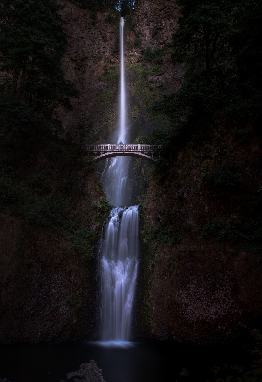 Both freezing the action and ultra-long exposures can work with waterfall photography, but often the sweet spot lies somewhere in the middle. Make sure to experiment.