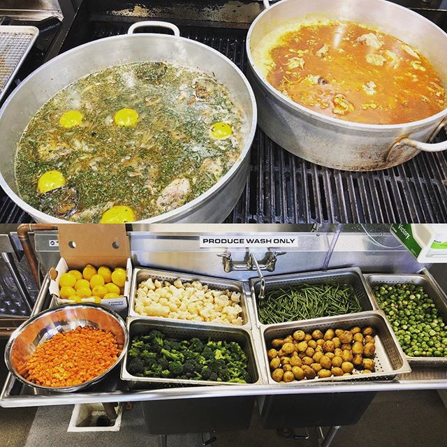 It's a good week here @truetasterestaurants. Proteins and veggies galore! #PaleoYum #currychicken #lemonchicken #seasonal #fresh #veggies