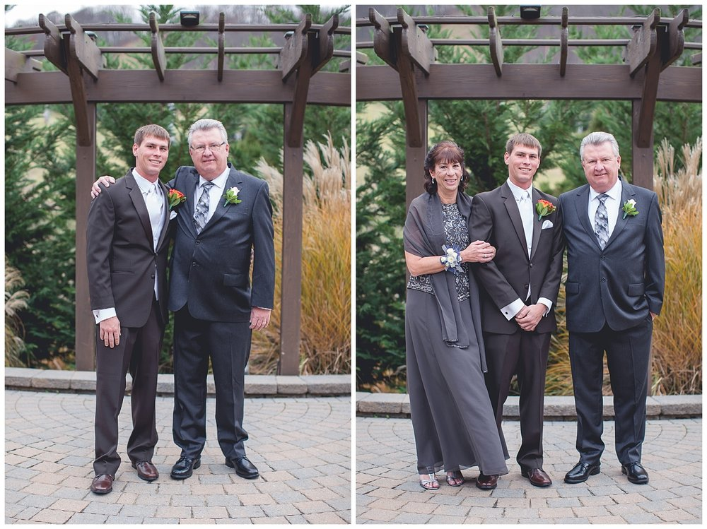 groom and parents portraits
