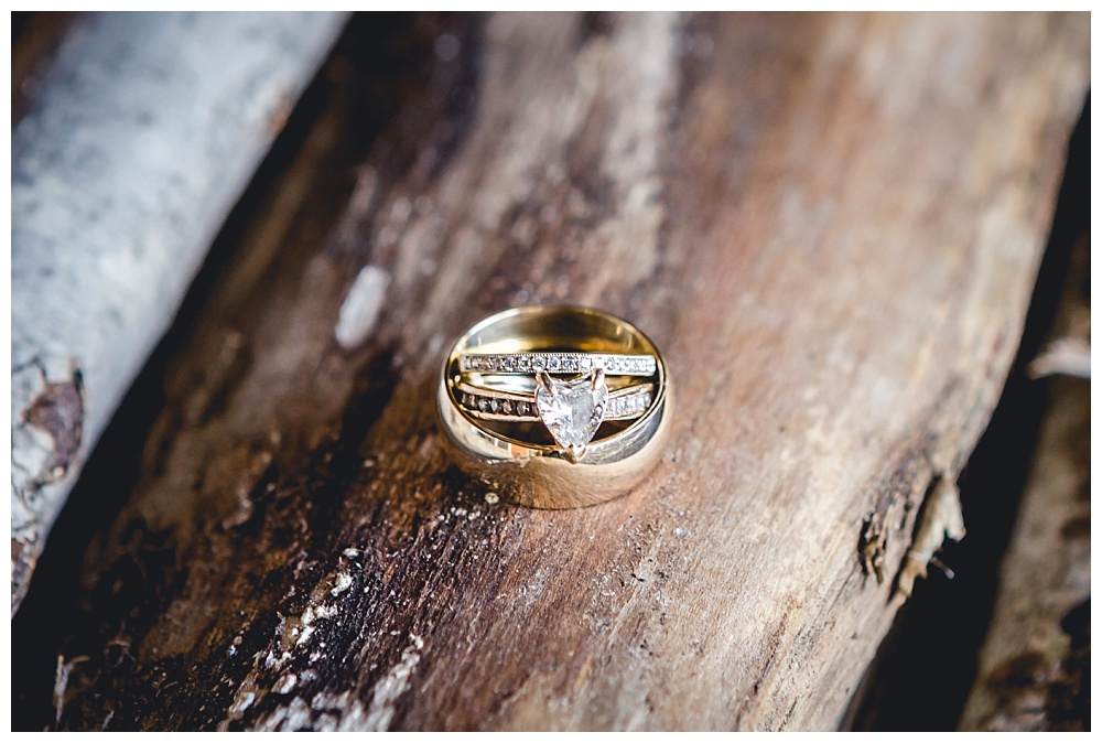 wedding rings yellow gold rustic details