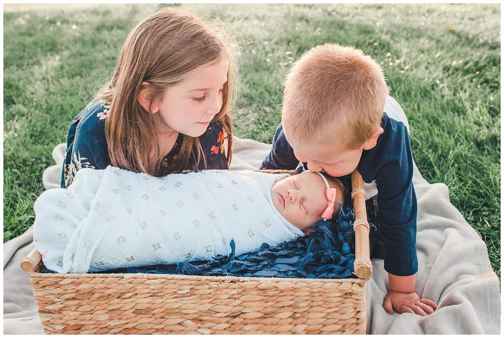 baby kisses fall pictures lititz pa
