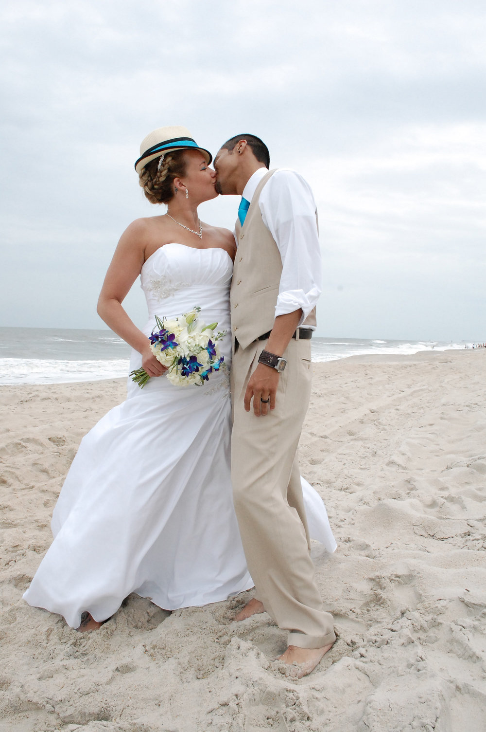 Kiss on the Beach.