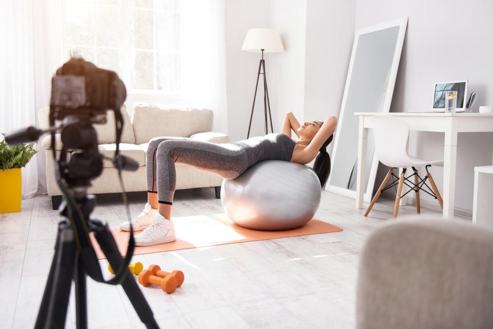 fitness-blogger-doing-video-for-blog-business.jpg