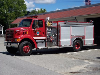Town-of-Blue-Hill-Engine-4-Fire-Department.jpg