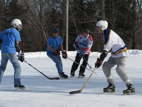 Town-of-Blue-Hill-hockey-match-Peninsula-Skating-Association.jpg