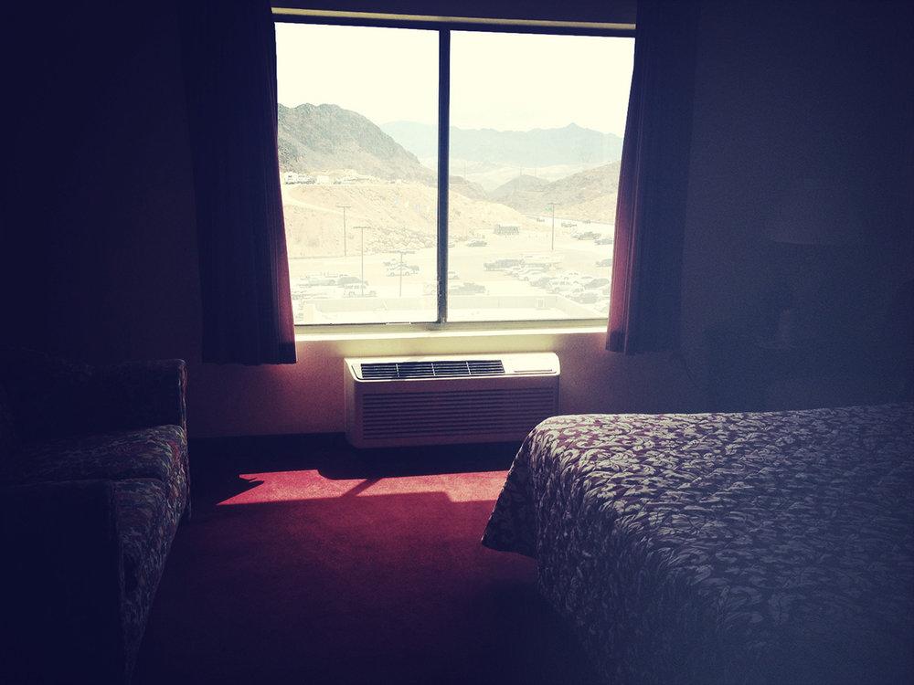 Hotel room Lake Mead_8196.jpg