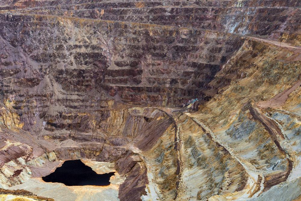Lavender Pit Mine, Bisbee AZ. Study #4 (31,26.1403N 109,54.0653W)