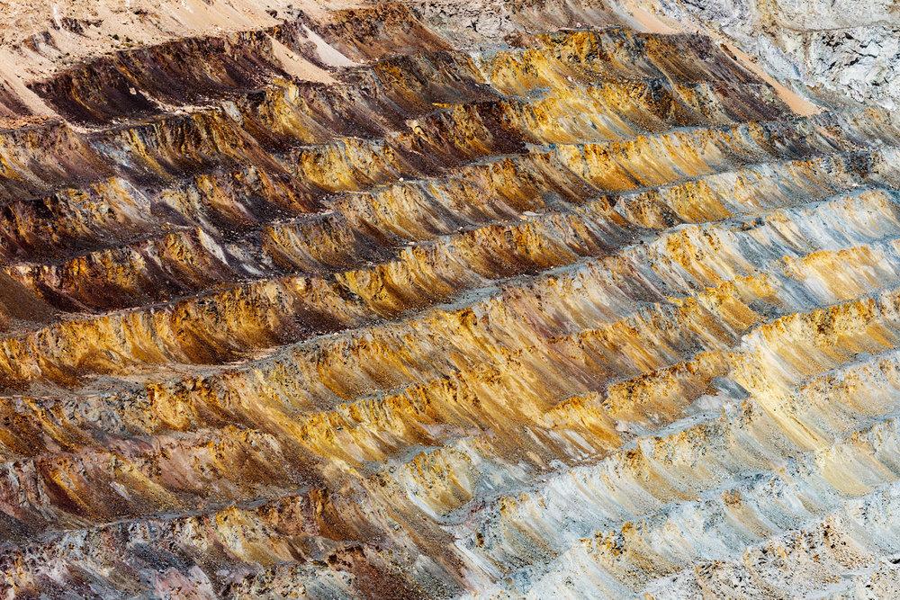 Asarco Pit Mine. Green Valley, AZ. Study #3 (31,58.4538N 111,4.1044W)