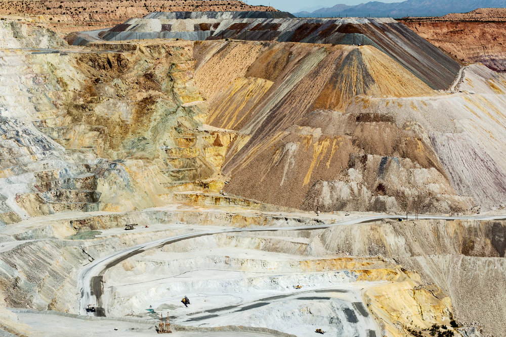 Asarco Pit Mine. Green Valley, AZ. Study #8 (31,58.4527N 111,4.1053W)