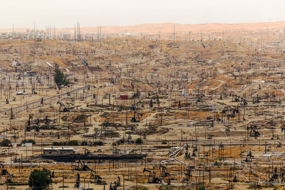 Oildale Oilfield. Bakersfield, CA. Study #3 (35,24.6369N 118,58.6349W)