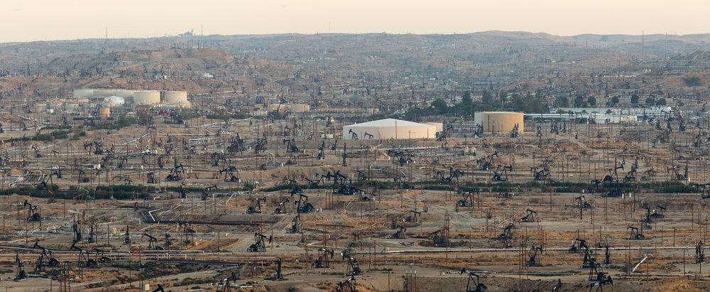 Oildale Oilfield. Bakersfield, CA. Study #5 (35,24.6248N 118,58.8783W)