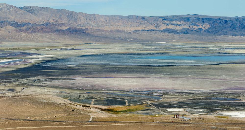 Owens Lake Dry Lakebed. Lone Pine, CA. Study #2 (36,28.8612N 118,4.9129W)