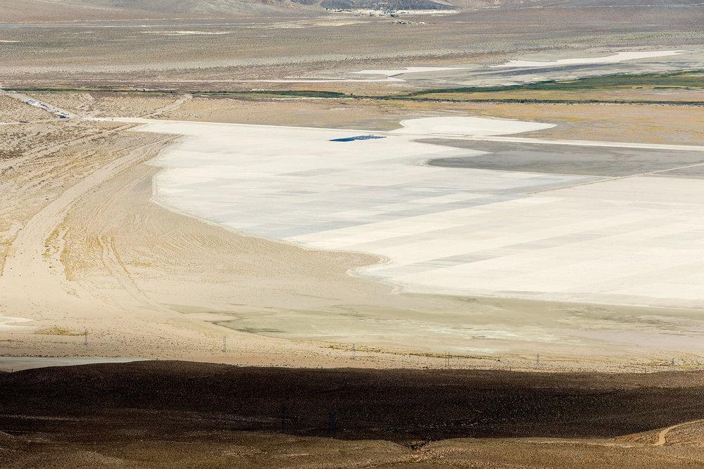 Owens Lake Dry Lakebed. Lone Pine, CA. Study #1 (36,29.8006N 118,5.4959W)