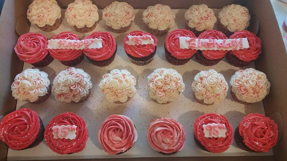 Cupcakes Rosettes.jpg