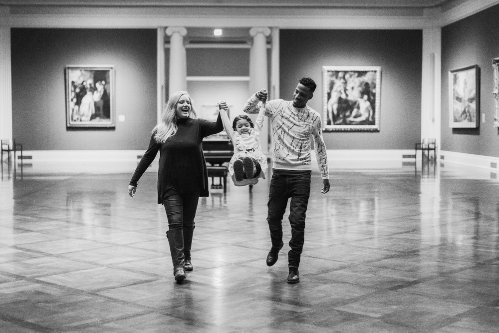 Nashville Tennessee Photographer- Art Museum Family Session 4
