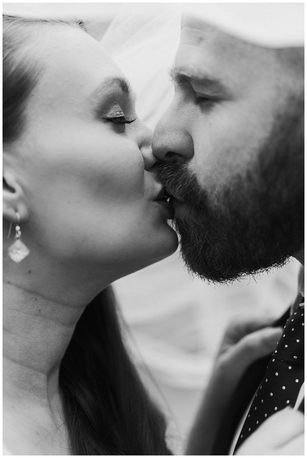 Nashville Wedding Photographer-Elegant Woods-7