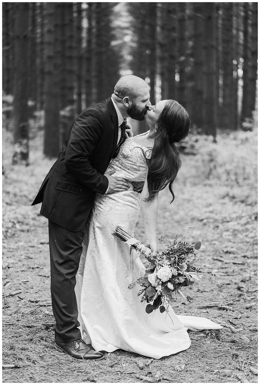 Nashville Wedding Photographer-Elegant Woods-9