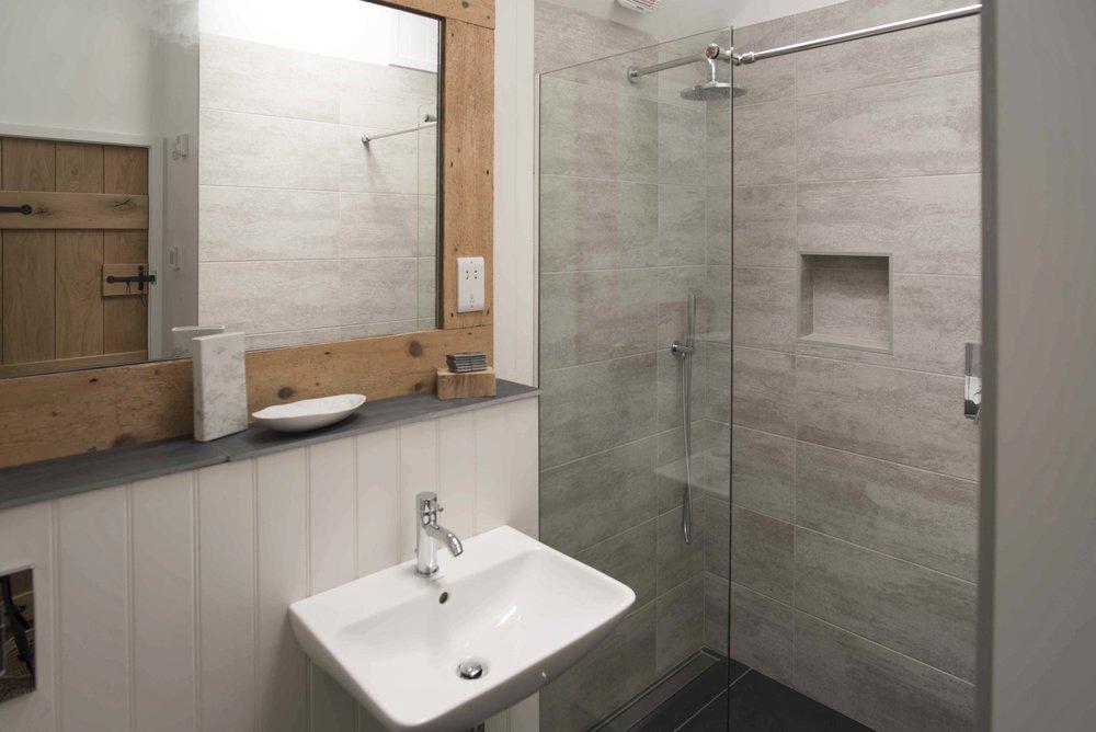 The Stable grey bathroom wedding accommodation DSC_6954.jpg