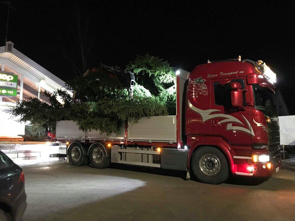 juletre på lastebilen