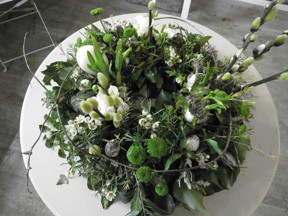 Easter Wreath close up 4.JPG