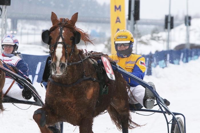 Tosi-Jänkä ja Kari Venäläinen olivat voittamaton yhdistelmä Lumiraveissa. Kuva: Ilkka Nisula
