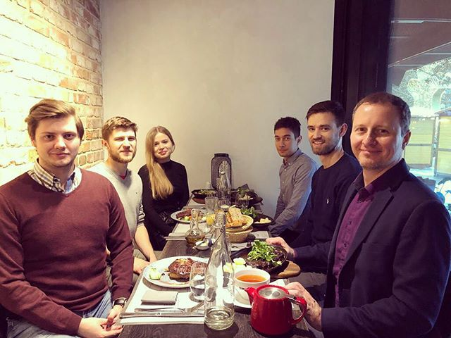 Christmas lunch with our Warsaw team. 🍖🎄👌 Merry Christmas from Limitless! #fintech #startup #startuplife #girlsandboysintech #holidays #holidays2018 #celebration