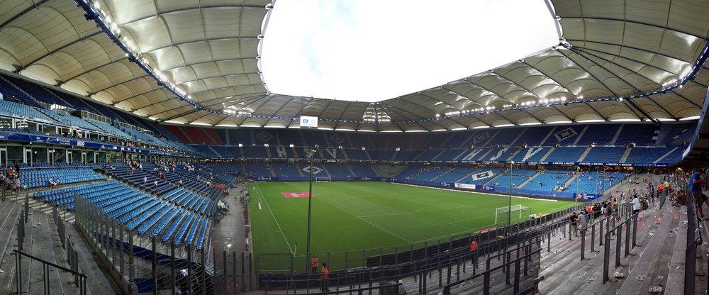 Volksparkstadion_Panorama.jpg
