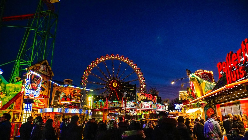 The Hamburger Dom is a huge market and funfair that takes place  3  times during the year.