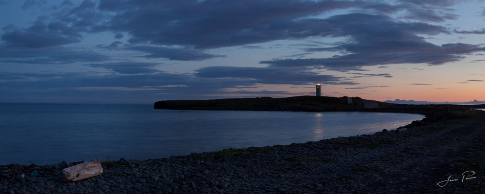 Panorama-Color_012_The lighthouse by Kálfshamarsvík.jpg