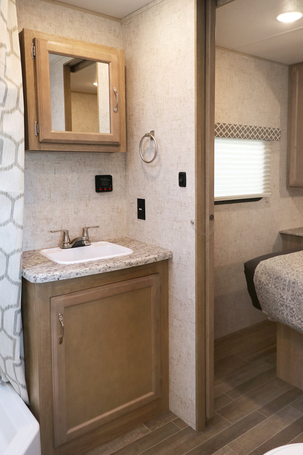 24 RLS Bathroom Vanity and Sink.jpg