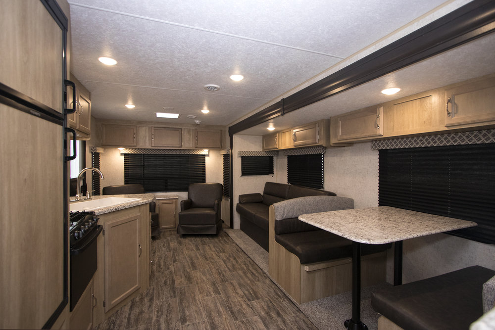 270RLS  Braxton Creek Rear Interior sml.jpg