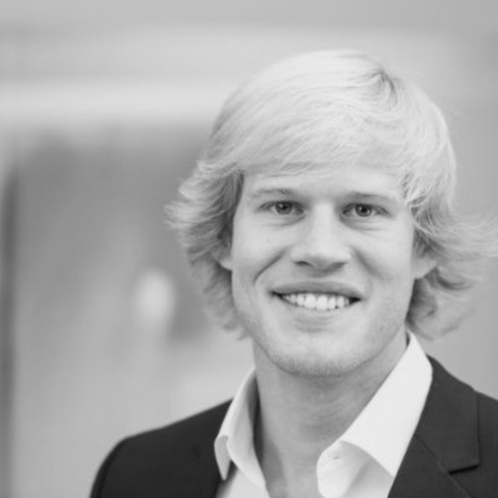Vegard Medbø    Former McKinsey Sr. Manager specializing in Energy and Deep Tech, serving clients across 10+ countries  First Securities (brokerage), Norwegian Armed Forces  MSc in Industrial Engineering and Tech Management from the Norwegian University of Science and Technology