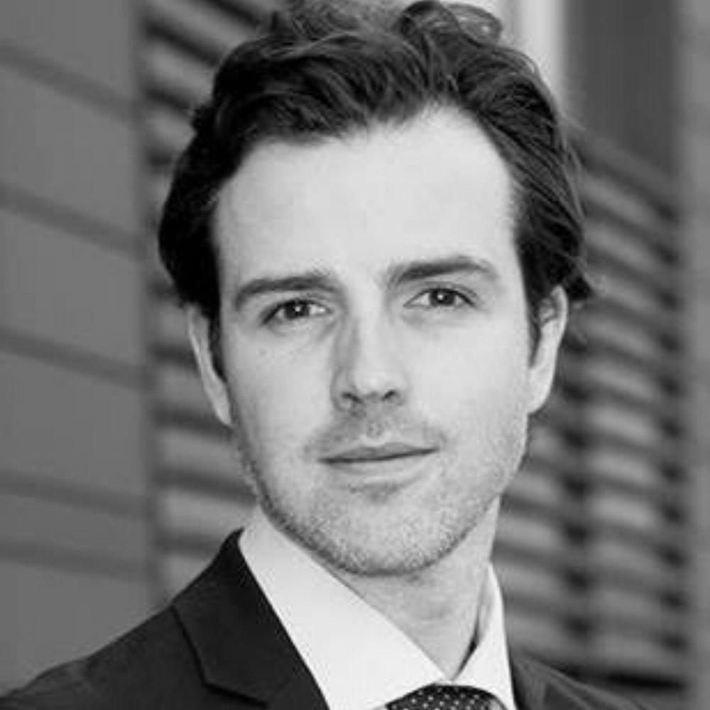Alistair de Villiers    Venture Partner