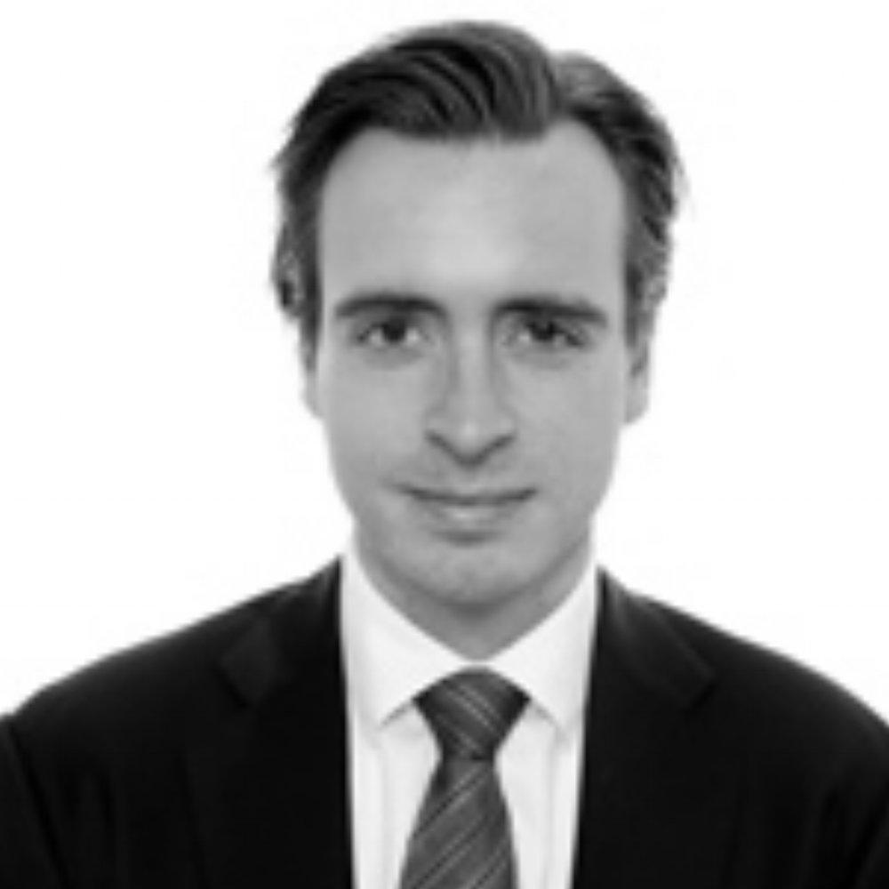 Erik Strømsø    Managing Partner – Head of Pareto Securities Asia  London School of Economics, Yale, CBS, Bocconi educated