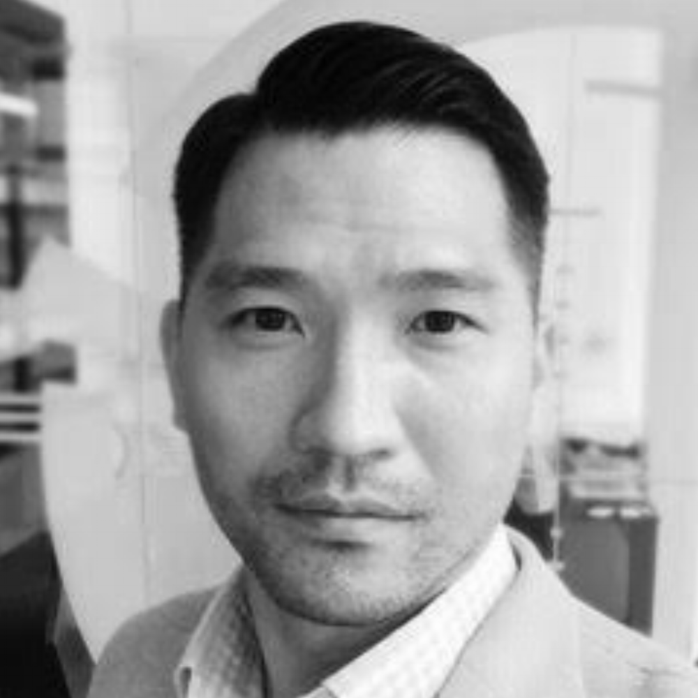 Willy Lan    20 year investment experience across full spectrum of asset classes  Founder of Hidden Street Capital, VC and blockchain investments  Partner and CSO of Jaarvis Labs / Jaarvis Accelerator  Portfolio Manager of Och Ziff Capital (Asia)  BA in Business Economics and IR from Brown University