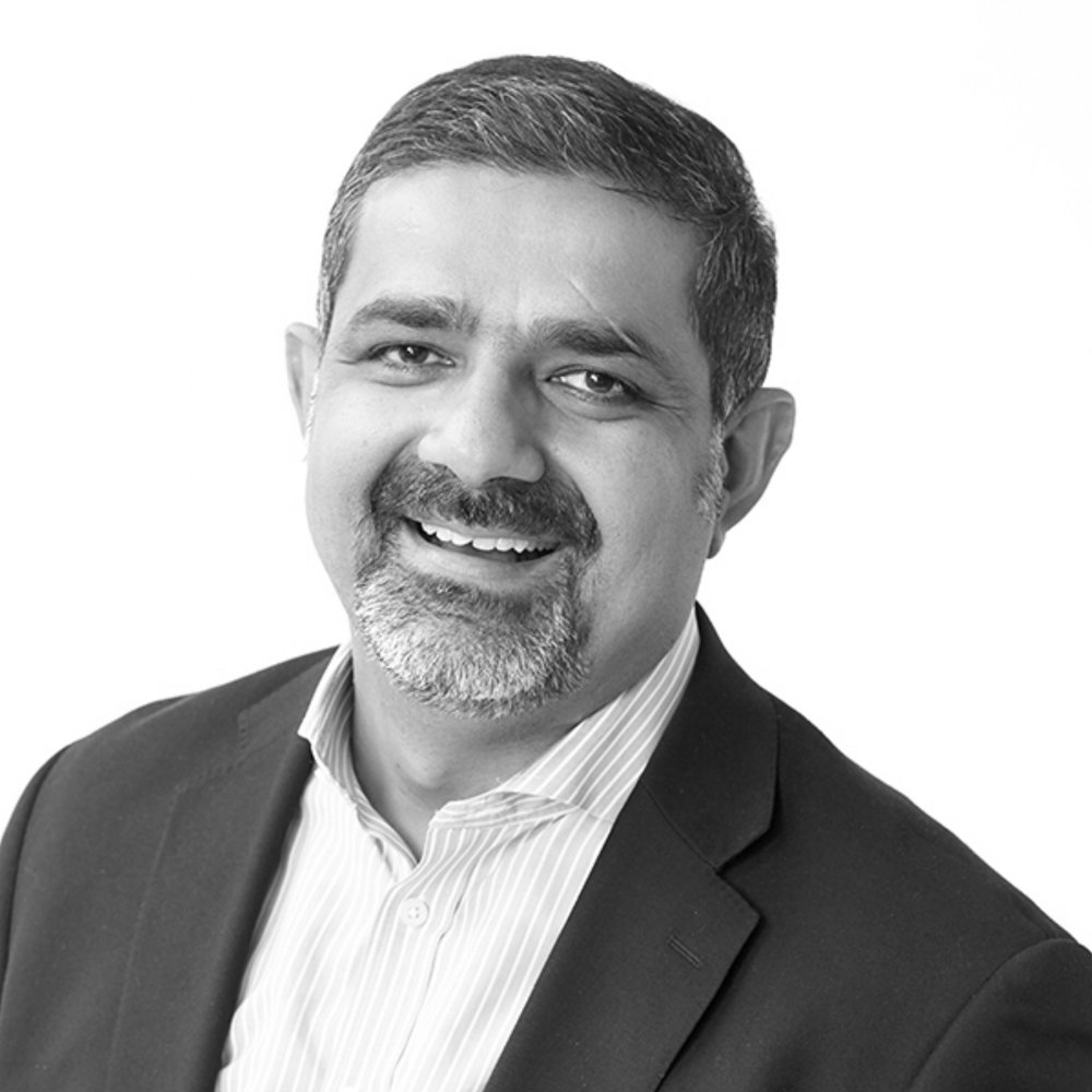 Karim R. Lakhani    Professor and leading educator of business administration at Harvard Business School  Principal Investigator of the Crowd Innovation Lab at the Harvard Institute for Quantitative Social Science