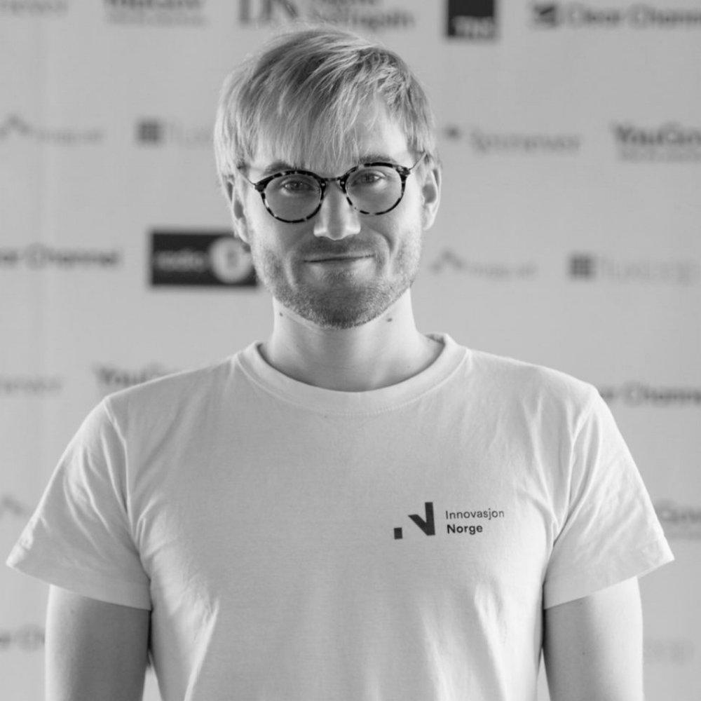 Fredrik Thomassen    CEO and Founder of freelancer platform Konsus (YC W16)  Founder of Startupmatcher.com  McKinsey, LSE educated
