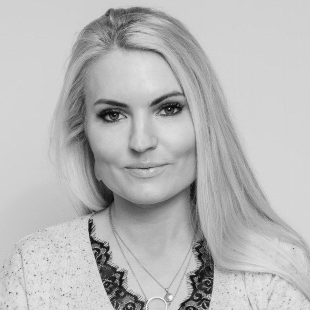 Isabelle Ringnes    Social entrepreneur, public speaker, and author  Co-founder of #ShesGotThis #Hunspanderer and TENK, the Technology Network for Women  Board member, Kron  Faculty, Singularity University Nordic